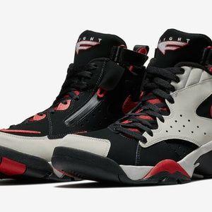 Nike Air Maestro 2 II LTD Black Red White Size 12.